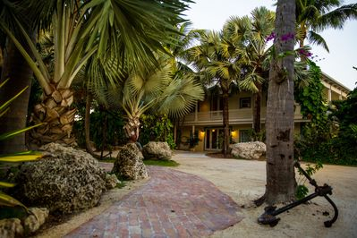 Entrance to the Royal Palm North & South