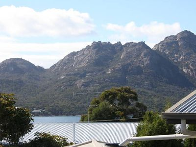 Photo for Peakview Cottage - actually in Coles Bay!