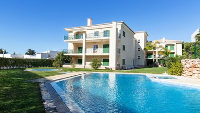 Photo for One Bedroom Apartment Within Walking Distance Of The Beach And Marina in Vilamoura