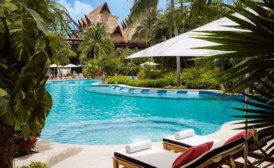 Photo for Amazing Grand Mayan Hotel for 2 People