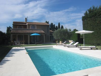 Photo for detached villa in the countryside with pool near Avignon