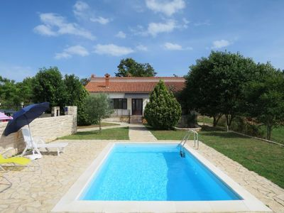 Photo for Vacation home Dora in Rovinj - 6 persons, 3 bedrooms