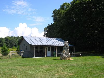 Cabin near Lexington VA. Shenandoah Valley Lodging near The VA Horse Center.
