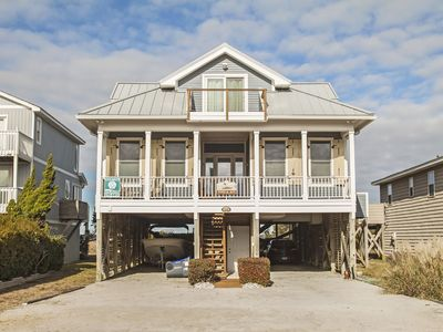Photo for Fore & Aft: 3 BR / 3 BA home in Oak Island, Sleeps 6