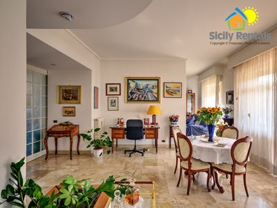 Photo for Spacious and elegant apartment located in one of the most famous areas of Palermo