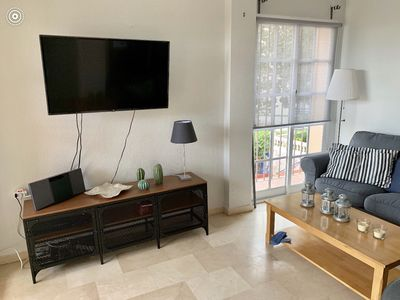 Photo for Sunny 2 bed, 1 bath apartment with small terrace