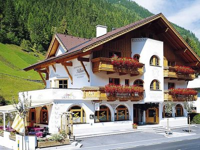 Photo for Apartments Mallaun, See im Paznauntal  in Paznaun und Ischgl - 6 persons, 2 bedrooms