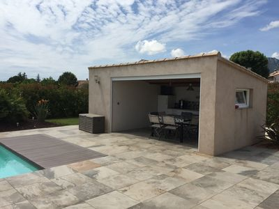 Photo for Villa overlooking the hill between Hyeres and St Tropez