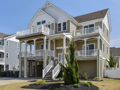 Photo for 500 feet to Beach Access!  Pool, Hot Tub, Pets, Pool Table, ELEVATOR!