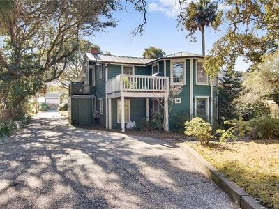 Photo for Sea La Vie: 4 BR / 2 BA home in Folly Beach, Sleeps 8