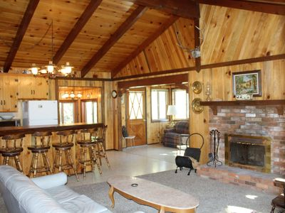 Photo for 2BR Cabin Vacation Rental in Fawnskin, California