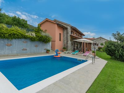 Photo for Villa with Gorgeous Sea View Near Opatija