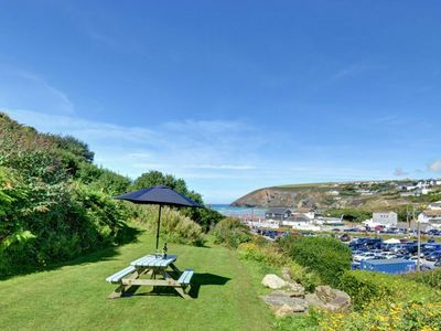 Photo for Holiday home with hot tub, a 2-minute walk from Mawgan Porth beach