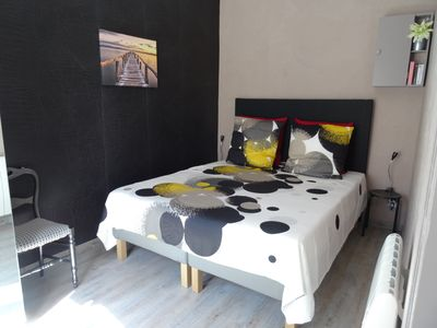 Photo for TRAM at 300m. Near historic center, T2 33m2, renovated to new, COMFORT and QUIET