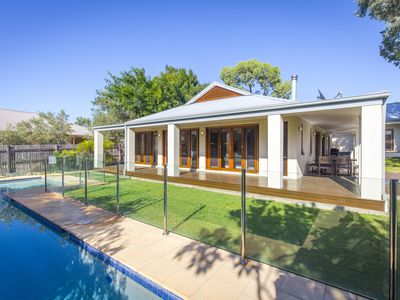 Photo for Potteroo - Luxury accommodation with pool