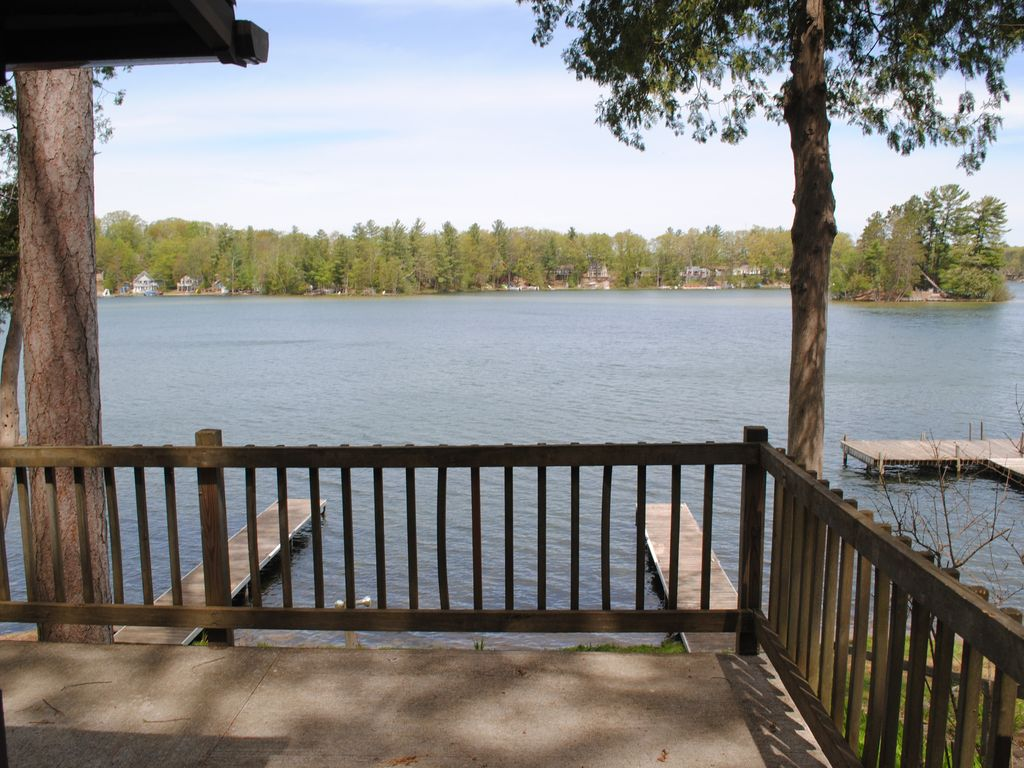 cabins waterfront s in city conservation image spider yards bed traverse the property luxury resort from deal windjammer ha home cabin area beach lake