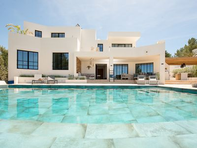 Photo for Luxury villa with sea view