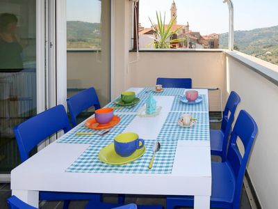 Photo for One bedroom Villa, sleeps 5 with FREE WiFi and Walk to Shops
