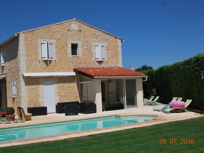 Photo for Beautiful villa in the heart of Provence