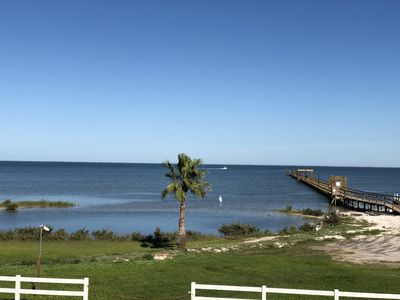 Relax and Refresh with Beautiful Waterfront Views. Newly remodeled 1/1 Condo