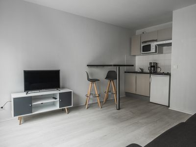 Photo for HostnFly apartments - Splendid studio near the wood of Vincennes