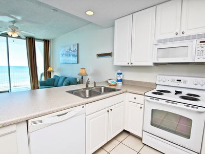 Lighthouse 409- Book Your Summer Beach Trip Today