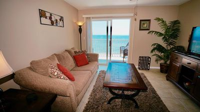 Photo for DIRECT GULF FRONT/VIEW, KING BEDS, CONVENIENT LOCATION TO FOOD & FUN, GREAT AMENITIES