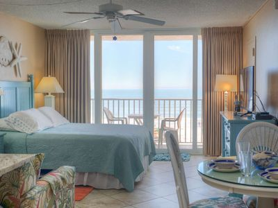 Photo for Direct Gulf of Mexico Views.  Private Balcony.  Updated and Comfortable!