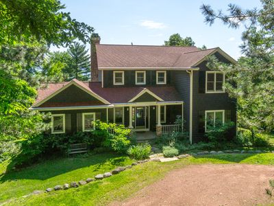 Family Retreat . Flat Sandy Bottom Lake Front Home On 107 Feet of Prime Frontage