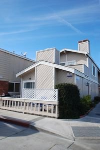 Photo for Upper Duplex, 1 Block to the Beach, Balcony with BBQ, Great Value in Newport