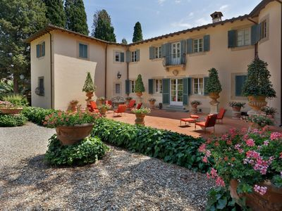 Photo for Villa in San Lorenzo A Vaccoli with 5 bedrooms sleeps 10