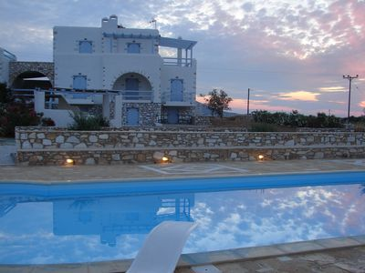 Photo for Archipelagos Villas-Villa Antiparos for 10-14 persons with pool close to the sea