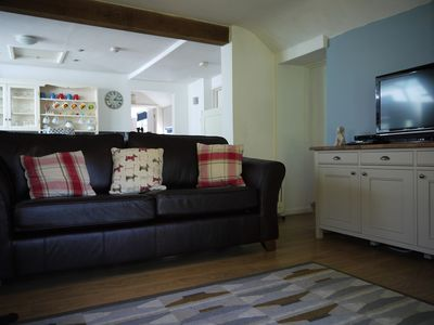Photo for Lovely Morfa Nefyn Cottage with Private Garden in great location