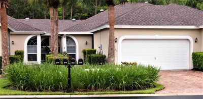 Photo for Spacious, newly remodeled villa in gated community near Naples, Ft. Myers