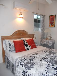 Photo for Superb location in Sunset Crest, near beach,  pool, shops, restaurants and banks.