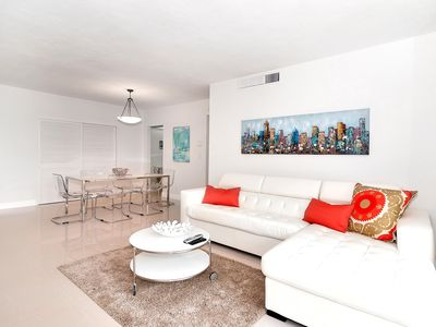 Photo for Beautiful Condo Ocean front on Hollywood Beach !!!