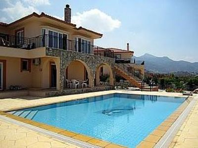 Photo for Emmerald Villa   with Wifi Private Pool BBQ AC fantastic Sea and Mountain Views