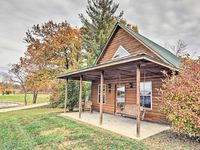Off the beaten path, but close to all the COMO action. Beautiful, quiet property with cozy cabins.
