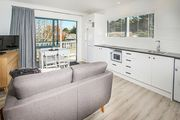 Seas the Day - Paihia Waves Holiday Home