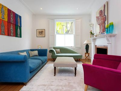 Photo for Elegant 4 bedroom family home in desirable Primrose Hill - (Veeve)