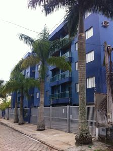 Photo for Apt on the large beach, accommodation for 6 people w / pool and barbecue!