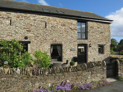 Photo for BRAMBLE COTTAGE, family friendly in Ringmore, Ref 976129