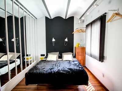 Photo for LUXURY APARTMENT NEXT TO RAMBLAS! FAMILIES & COUPLES PERFECT. PLAZA CATALUNYA
