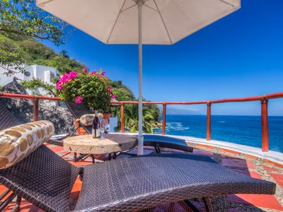 Photo for 3 br Gorgeous house in Mismaloya, ocean front , AC,