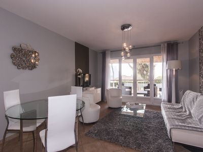 Photo for T4 comtemporain, terrace of 70 m2, garage, sea view 5 minutes walk from the port