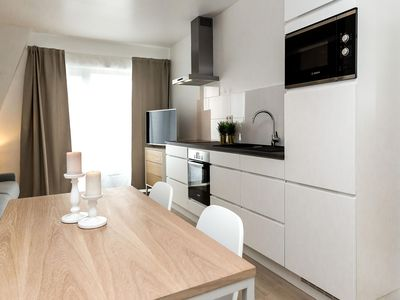 Photo for Apollo 22  apartment in European Quarter with WiFi, integrated air conditioning & lift.