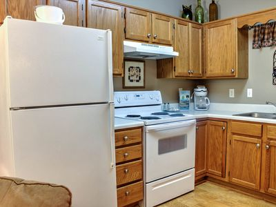 Stainless Steel Appliances, 1 BR, City View, Virtual Checkin/Checkout, Clean