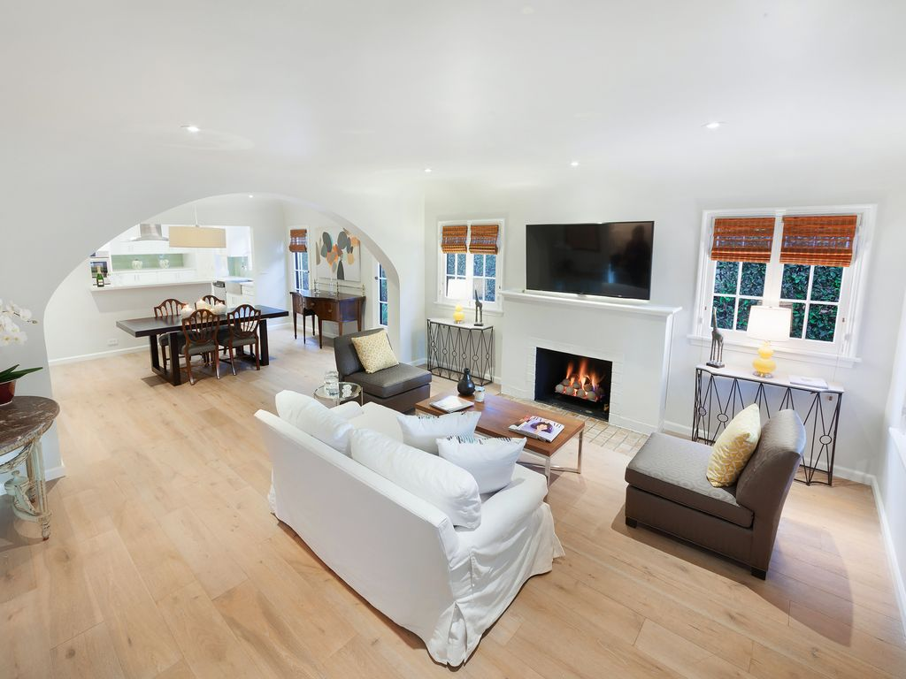 Spectacular Remodelled Townhouse in Melrose... - VRBO
