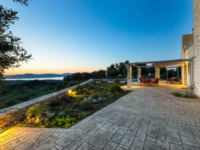 Photo for Private location, panoramic sea views, 50m2 private pool, close to a sandy beach