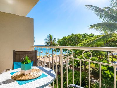 Photo for *Beach front*Studio on Waikiki Beach and ocean views from the balcony!  WIFI!